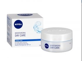 NIVEA Moisturizing Дневен крем за нормална кожа 50мл