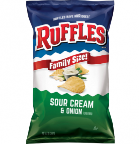 Ruffles MAXX КАРТОФЕН чипс сирене и лук 155 гр.
